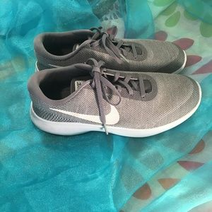 Nike Flex womens running shoes, gently used